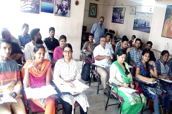 Institute of AS Chakravarthy for NCFM Course in Hyderabad India : Batch No 584 Class